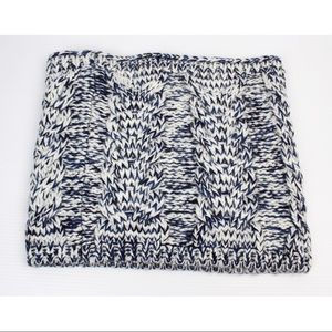 Gap Cable Knit Cowl Infinity Circle Scarf